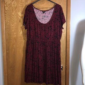 Torrid Short Sleeve Star Dress (Size 1)